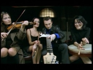 Lagu The Corrs Love to love you the corrs and their music instruments